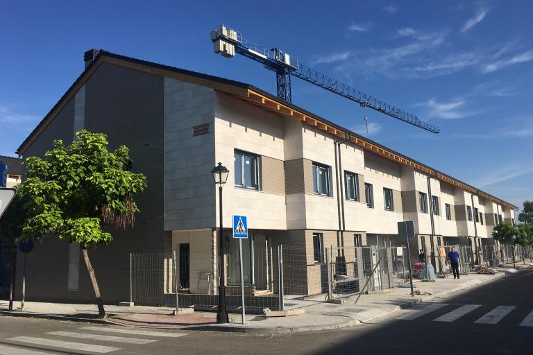 18 viviendas unifamiliares en Urbanizacion Laguna de Duero